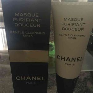 New authentic Chanel Gentle Cleansing Mask